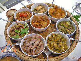 Thai Eating Customs