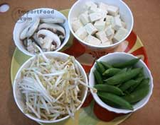 lao_suki_1m Thai Sukiyaki Sauce, Lobo, 9 oz jar - ImportFood