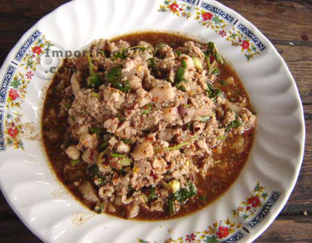 Thai Spicy Ground Chicken and Toasted Rice, 'Larb Gai' - ImportFood ...