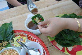 Miang Kham - Add other bits, pour sauce on top