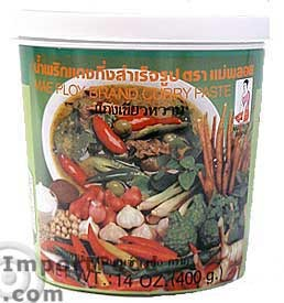 Mae Ploy brand, green curry paste, 14 oz jar