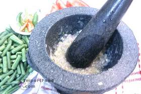 Long Beans in Sweet Soy, 'Kacang Panjang Kecap' - Prepare spice paste