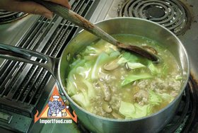 Bean Vermicelli Soup with Pork, 'Tom Jude Woonsen' - Cook together
