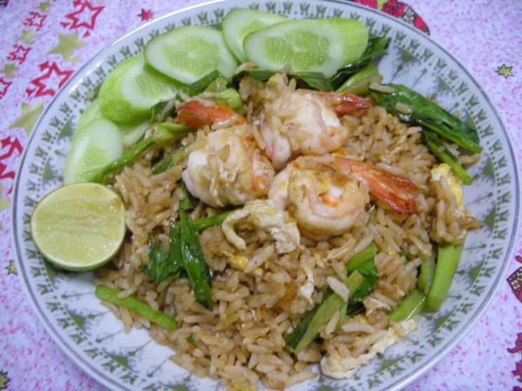 Thai Fried Rice With Chicken Khao Pad Namprik Pao Sai