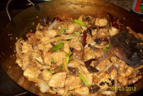 Thai ginger chicken in wok