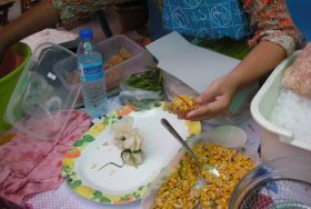 Kratong Tong made by Thai street vendor