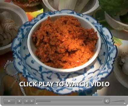 How Thai Curry Paste is Made: Our Step-by-Step Photo/Video Recipe - Video I: Red Curry Paste