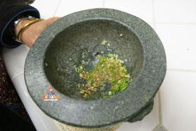 Thai-Style Toast, 'Khanom Bung Na Goong Roy Nga' - Mortar and pestle
