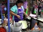 Street Vendor: Khanom Buang Yuon