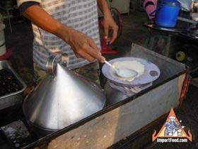 Kao Kreap Bak Moh, 'Rice Pancake'