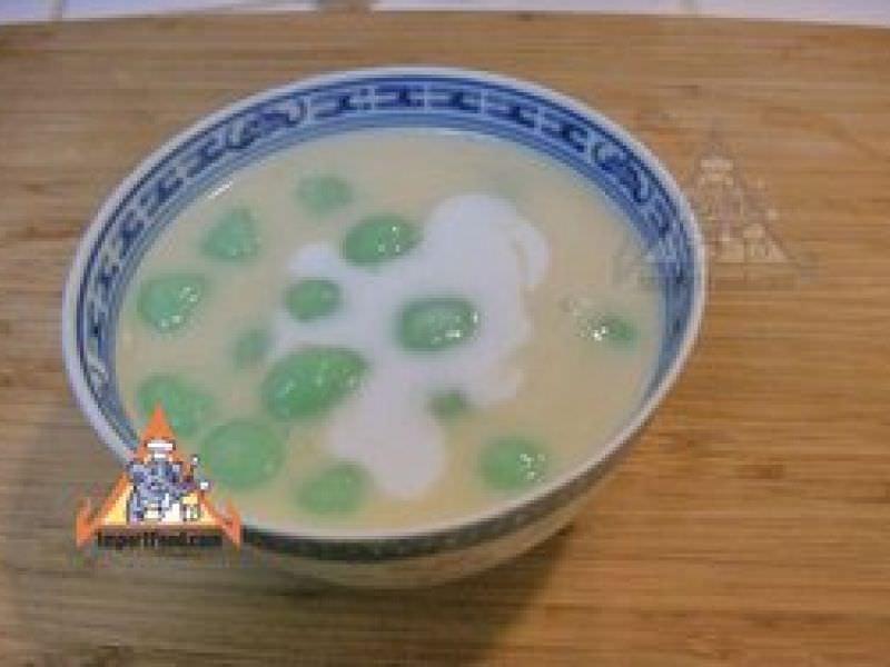Thai Rice Balls in Warm Coconut Milk,