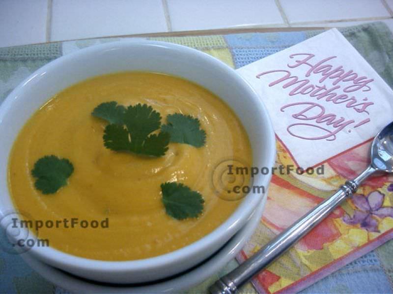 Thai-Style Butternut Squash Soup