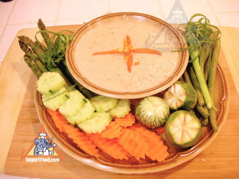 Vegetables with Spicy Yellow Bean Sauce Dip, 'Tao Jeeow Lon'