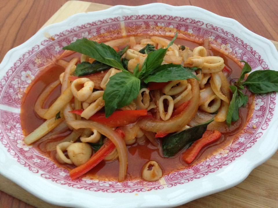 Stir-Fried Squid in Chile, 'Plamuk Pad Namprik Pao'