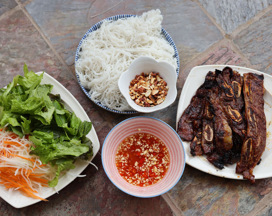 Korean Barbecue Rib Noodle Salad