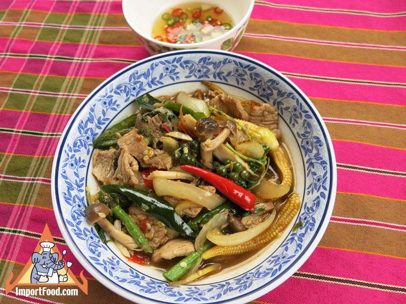 Thai Beef Flambe, 'Neua Pad Kimao'
