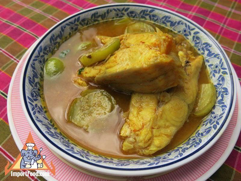 Thai Sour Fish Soup, 'Kaeng Som Phak Bung Phrik Sod Kab Pla'