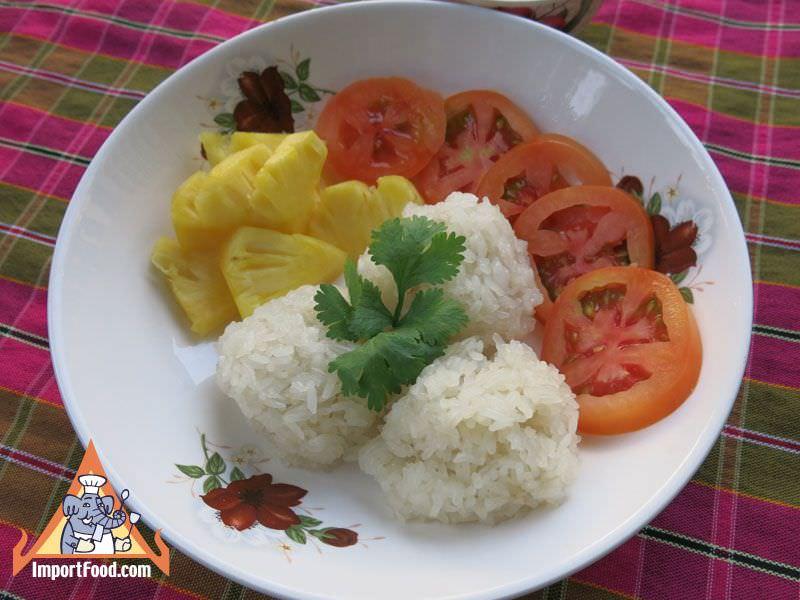 Chicken Stuffed Sticky Rice, 'Khao Niao Sod Sai Kai'