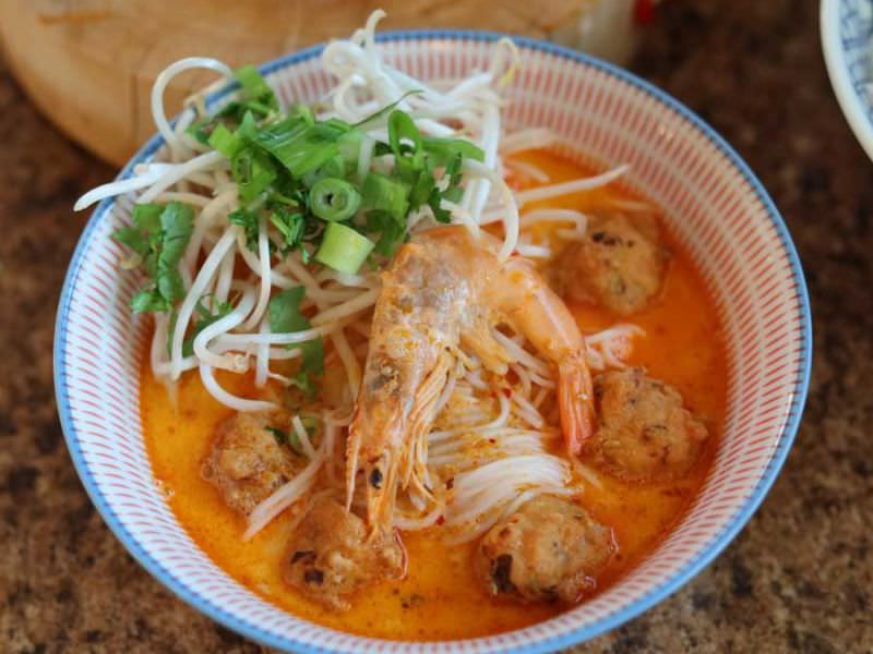 Laksa Soup with Shrimp Balls