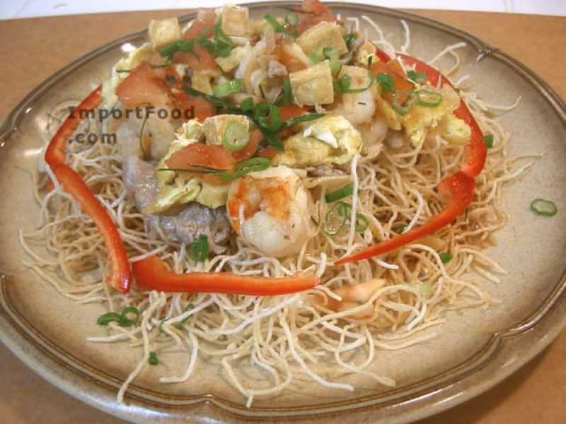 Thai Crispy Stir-Fried Noodle, 'Mee Krob'
