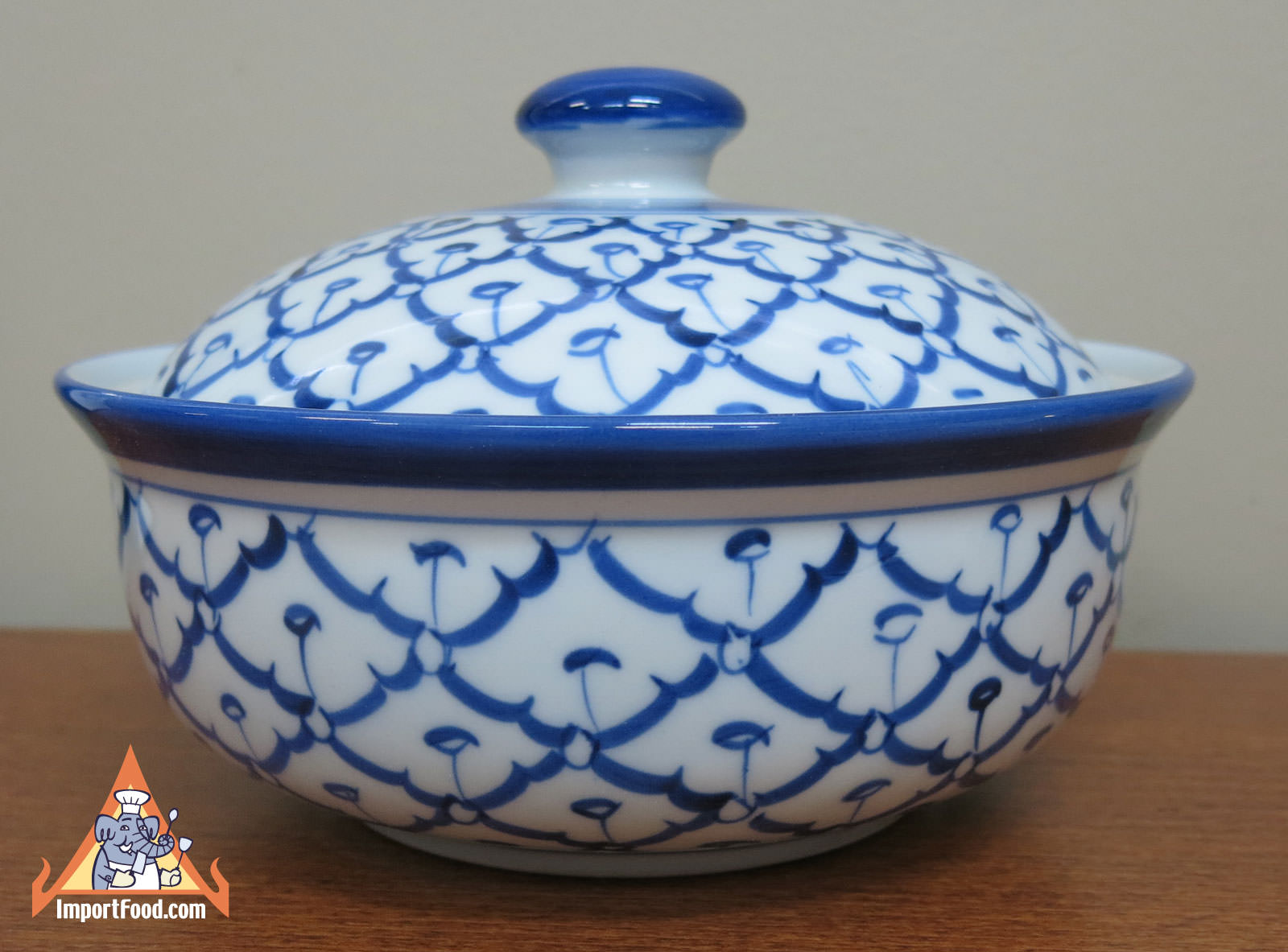 Brand new Thai Ceramic, 7 inch serving bowl w/lid :: ImportFood RM33