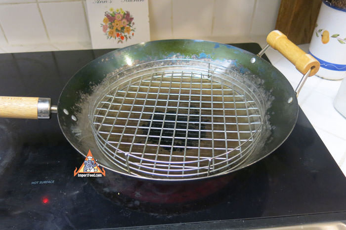 Wok With Rack