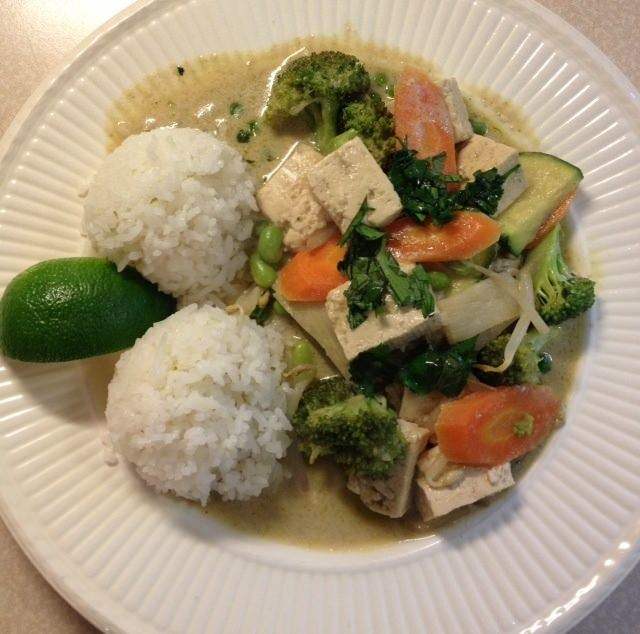 Green curry with tofu and veggies