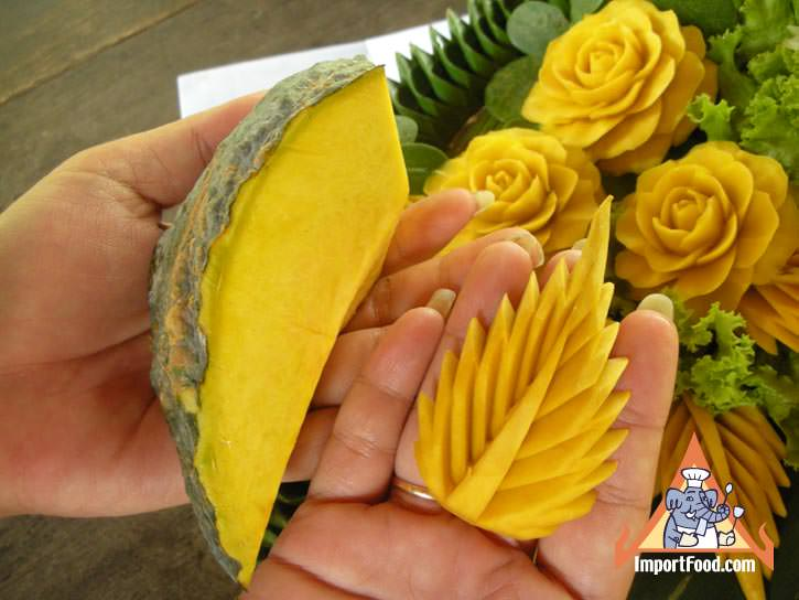 Thai vegetable carving carrot flower importfood