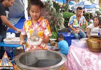 Clay Pot Noodles - Thai Street Vendor
