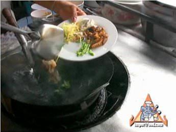 Recipe ginger chicken gai pad khing importfood thai ginger chicken forumfinder Image collections