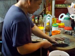 Railroad Chef Tom Yum Goong