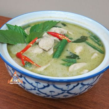 Green Curry w/Fresh Thai Basil