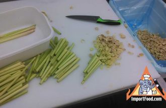 Fresh Lemongrass, Prepared Just Right
