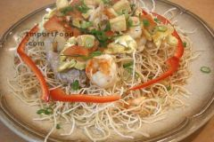 Thai Crispy Stir-Fried Noodle