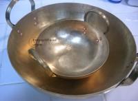 brass_wok_pair_l.jpg