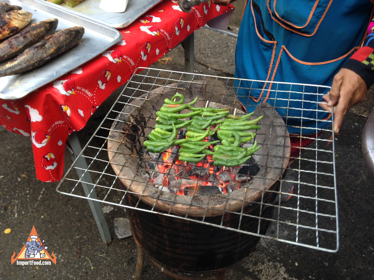 Thai Charcoal-Roasted Chee Fah Chiles