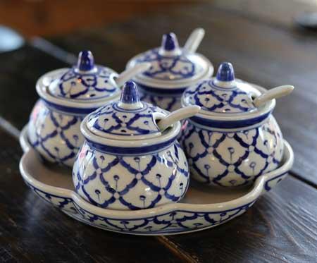 Ceramic, traditional condiment set