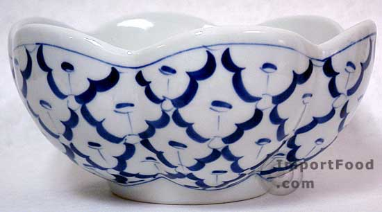 Thai Ceramic, handpainted lotus bowl 6
