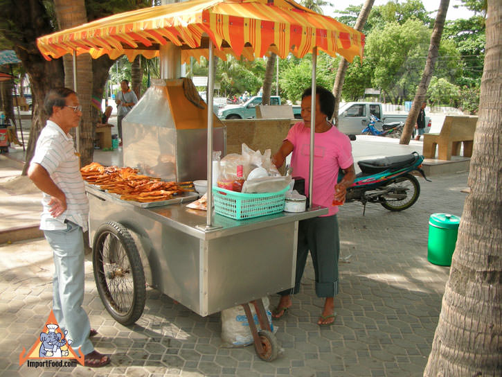 Barbecue Chicken Vendor At Seaside Resort - Bang Saen