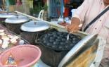 Thai Khanom Krok Vendor