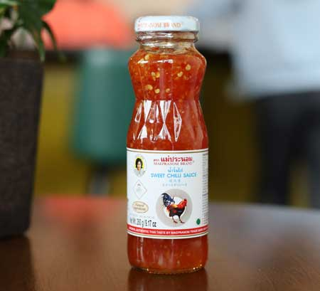 Thai Sweet Chilli Sauce, Mae Pranom brand