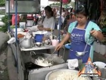 Street Vendor Video: Pad Thai