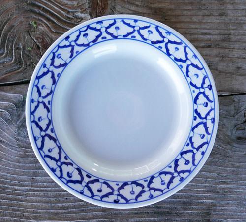 Thai Ceramic, dinner plate 8.5