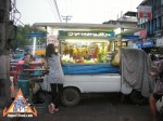 sidewalk-thai-stir-fry-01.jpg