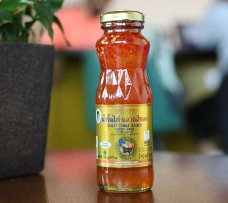 Gold Label Thai Sweet Chilli Sauce, Mae Pranom brand