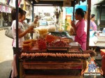 thai-meatball-vendor-05.jpg