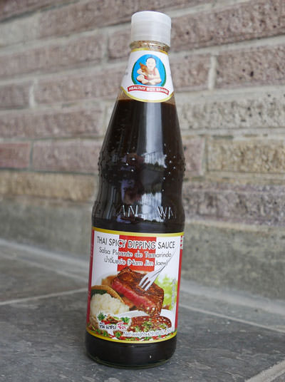 Thai Spicy Dipping Sauce, Healthy Boy brand, 30 oz bottle