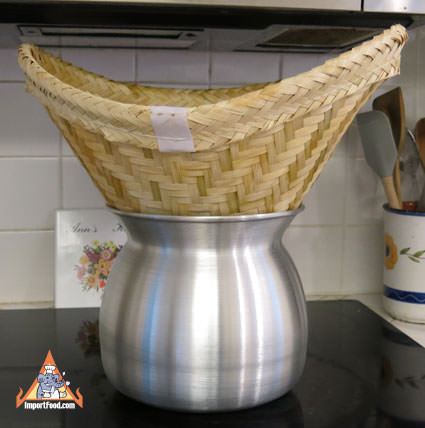 Thai Sticky rice steaming pot