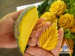 thai-vegetable-carving-carrot-flower-06.jpg