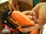 thai-vegetable-carving-carrot-flower-07.jpg